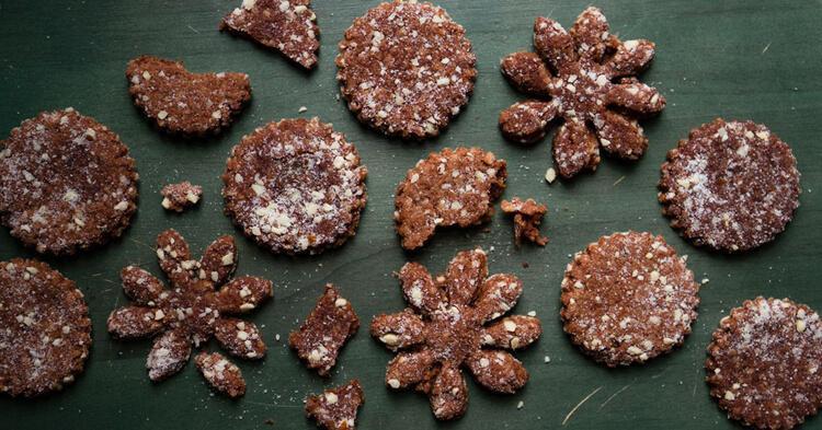 ароматное миндальное печенье из швейцарии